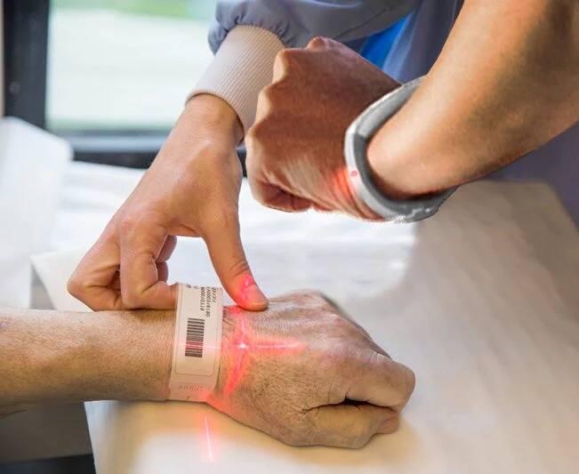 Nurse using Practech Watch